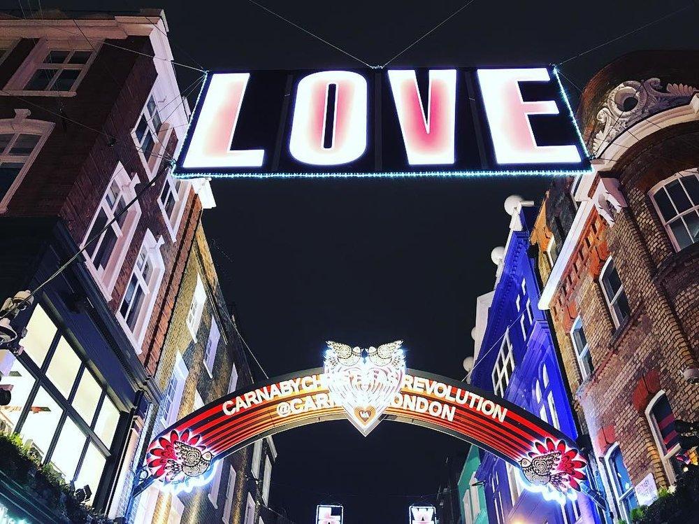Carnaby Street Photo: Victoria Tsani, click