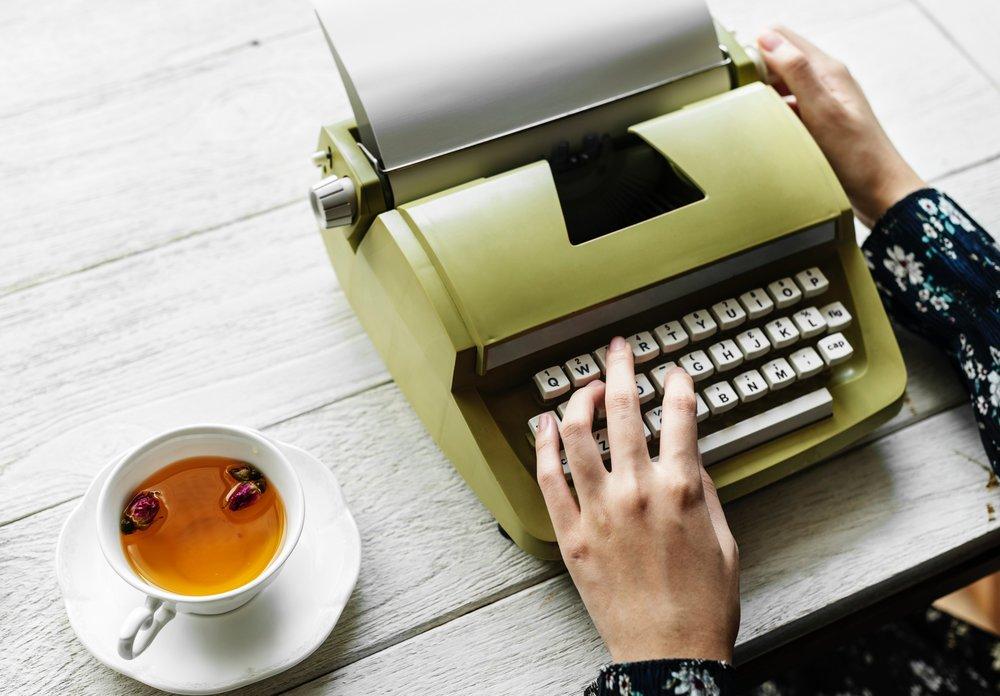 Meg Applegate_Hinge Resume_Resume Writing Service_Indianapolis.jpg