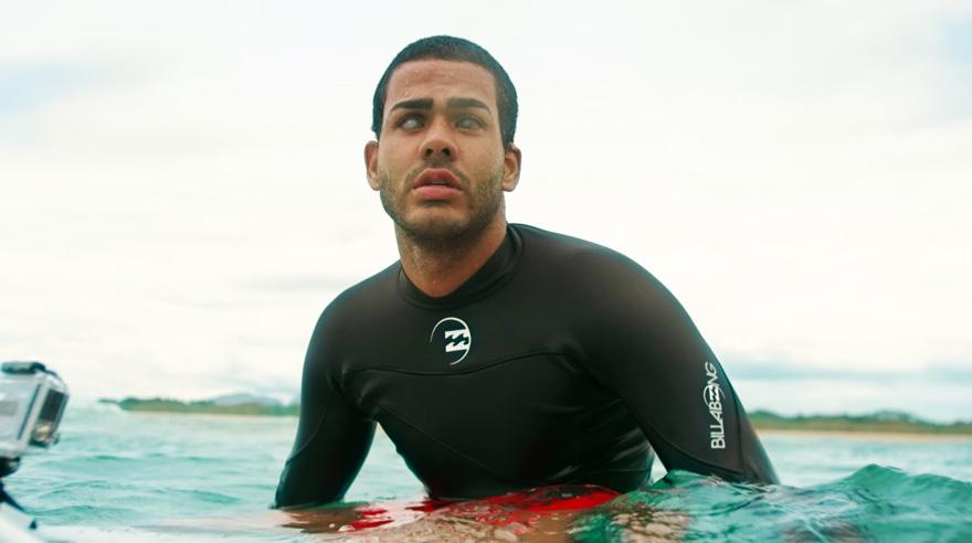 blind-surfer-derek-rabelo-brazil-18__880.jpg