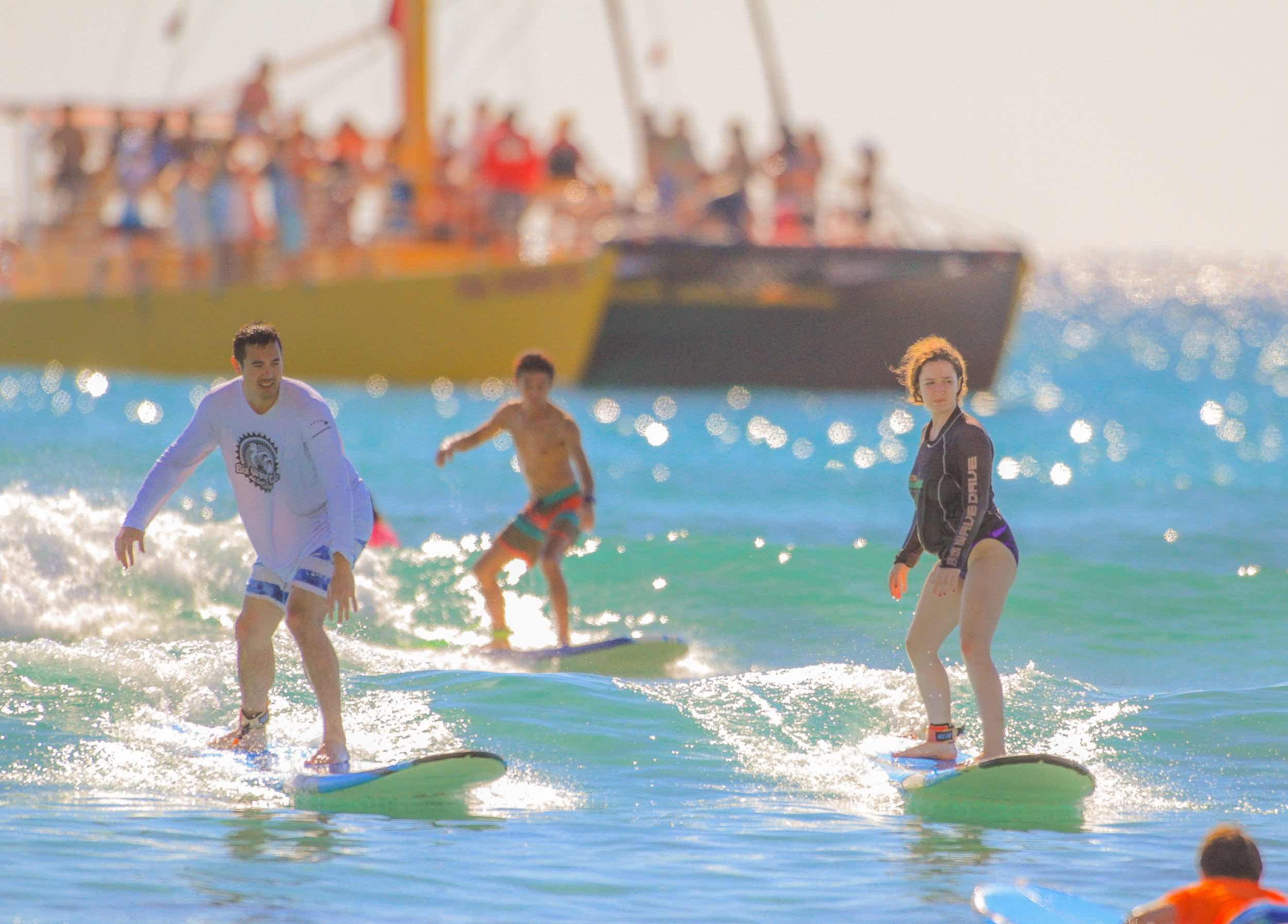 hook up surfing waikiki