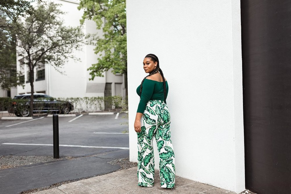 #OOTD GREEN OFF-THE-SHOULDER TOP & GREEN FLORAL TROUSERS - Natalie Greagor