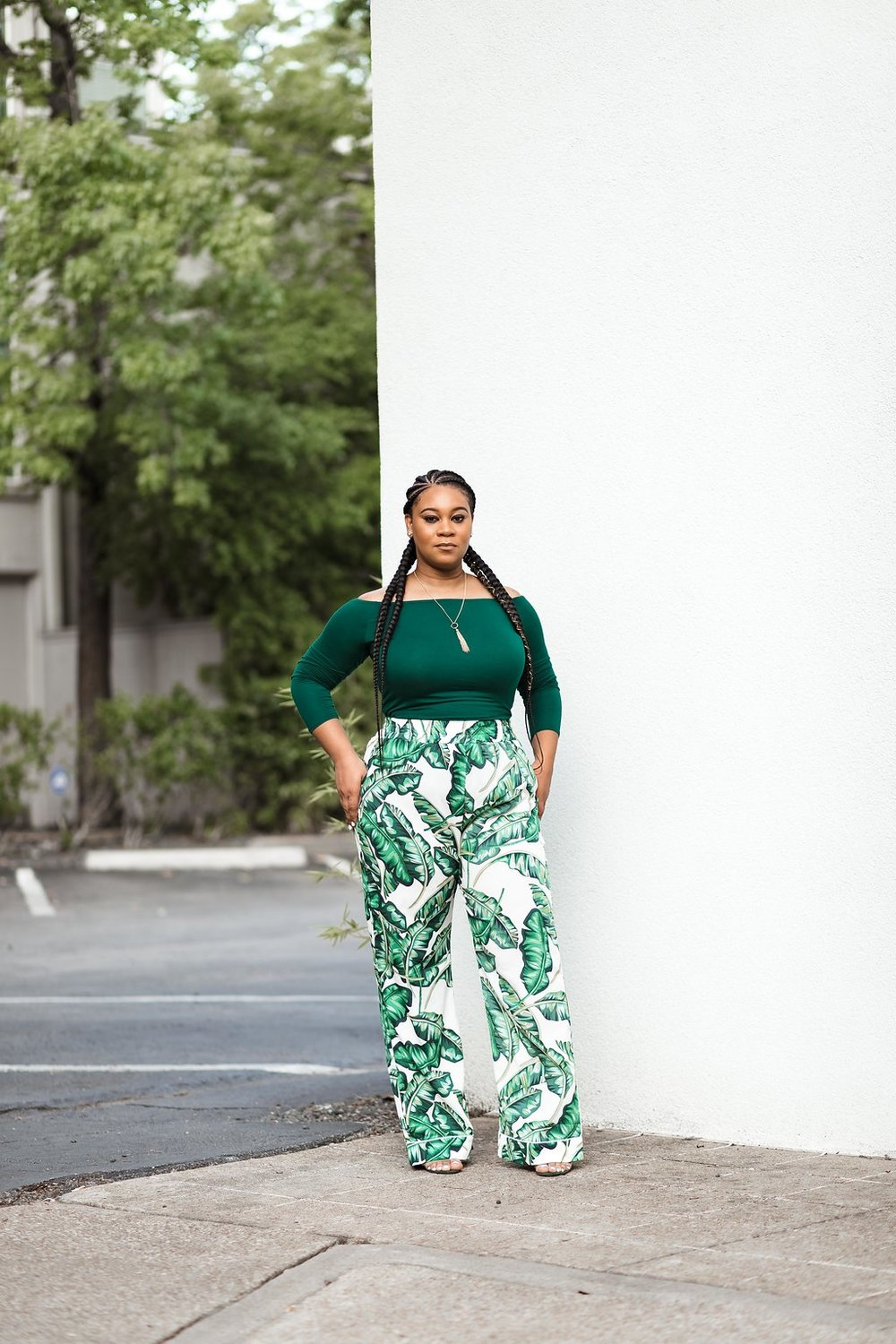 #OOTD GREEN OFF-THE-SHOULDER TOP & GREEN FLORAL TROUSERS - Natalie Greagor (4).jpg