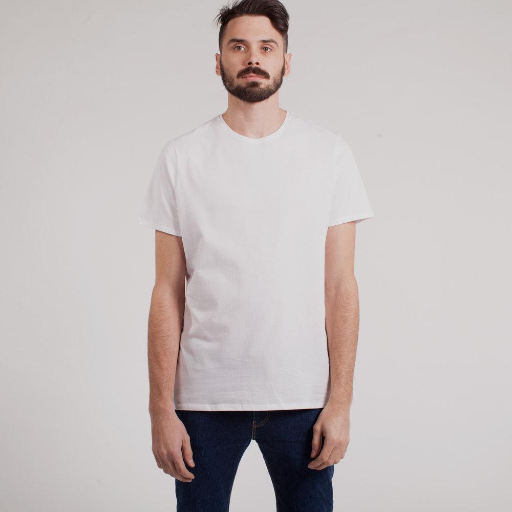 larry-tshirt-blanc-front2.jpg