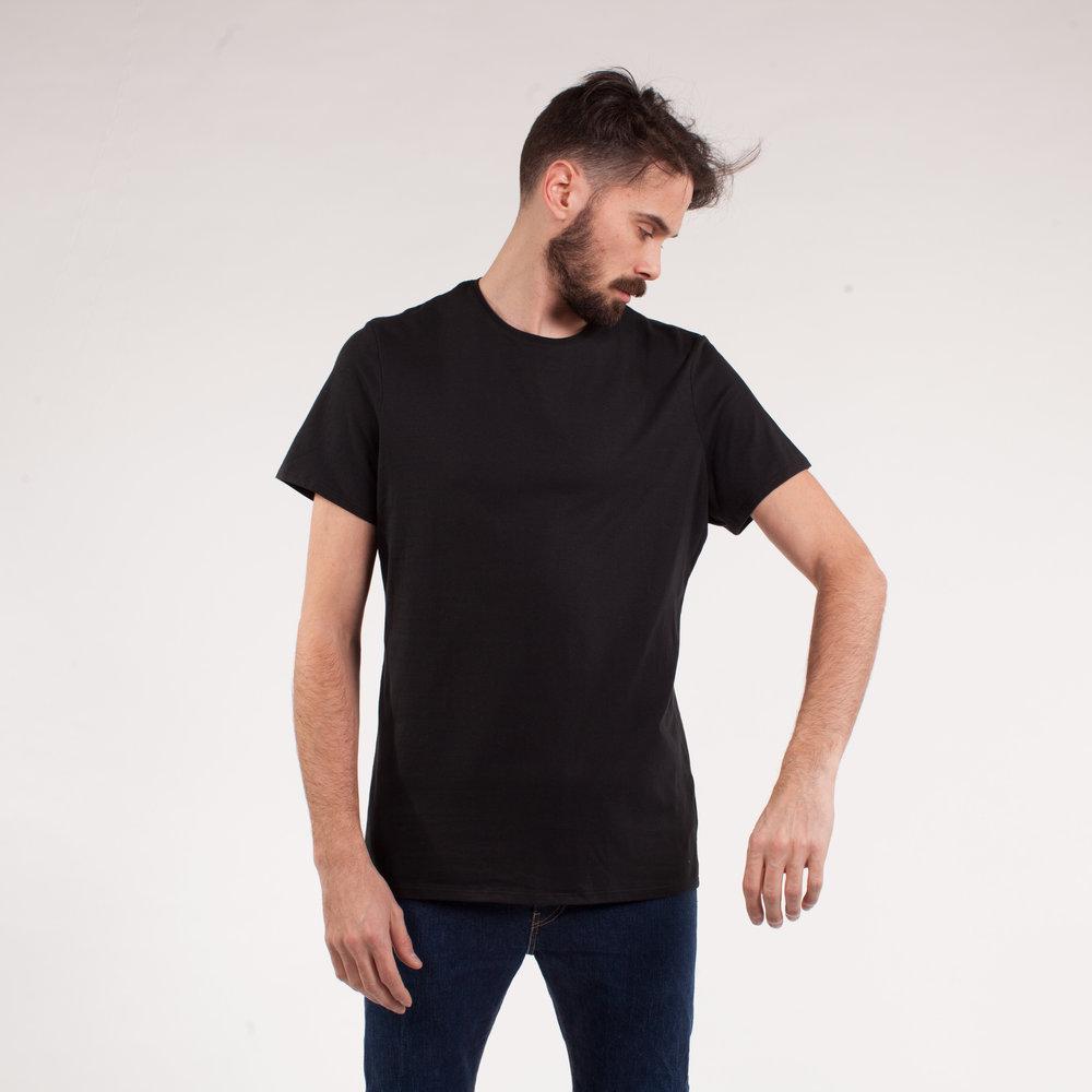 larry-tshirt-noir-front.jpg