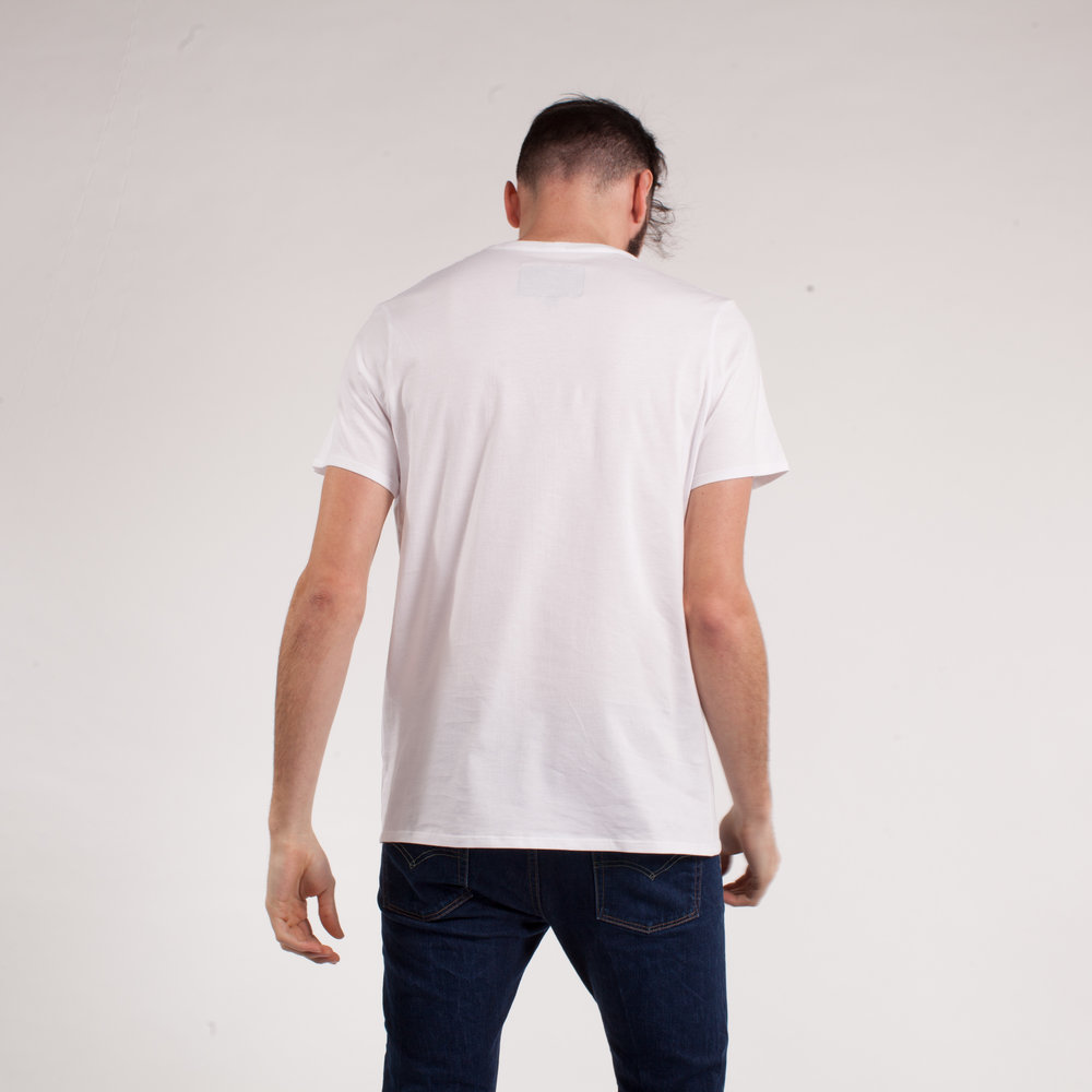 larry-tshirt-blanc-back.jpg