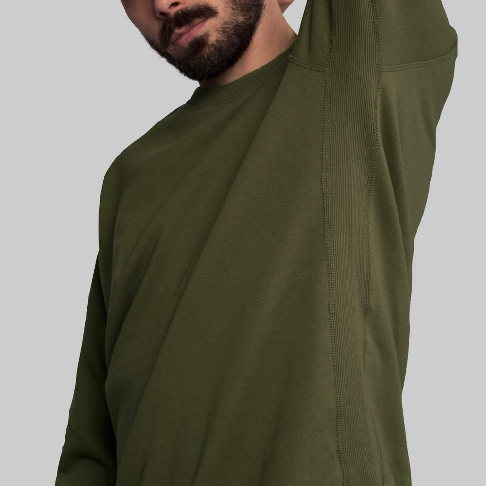 - Topstitched seams and full length side rib band for total comfort.
