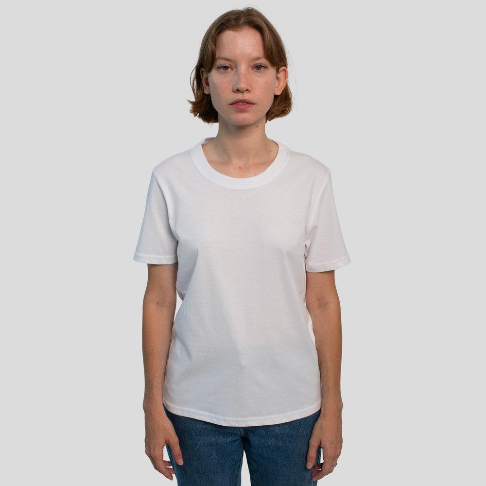 T-shirt-classique-femme-blanc-front.jpg