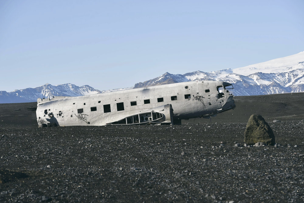 Abandond US Navy Plane - Black Sand Beach at Sólheimasandur, Iceland