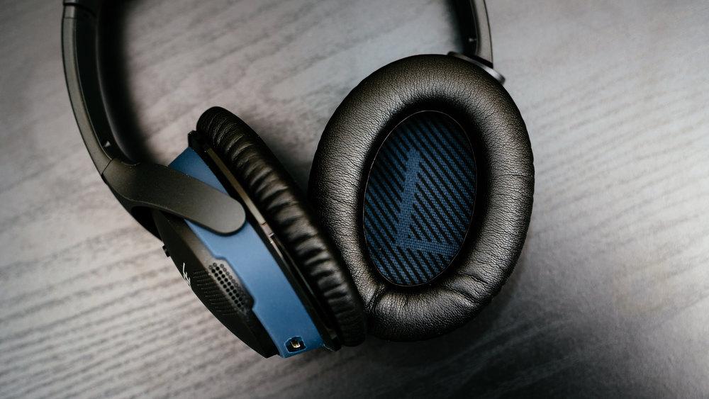 Bose SoundLink Around-Ear II - 06