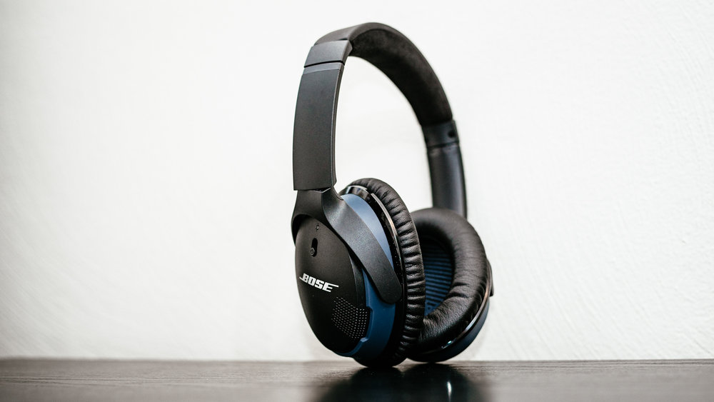 Bose SoundLink Around-Ear II - 05