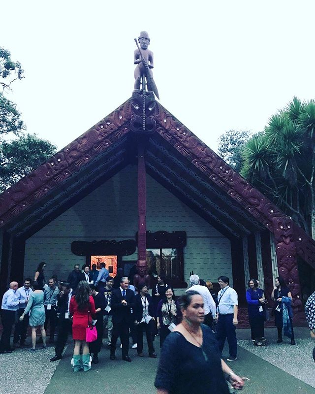 The Powhiri (ceremonial welcome) has been performed by Maori for many generations when welcoming visitors to their land and waters. Great honour to be involved.#gooriemookatours #kiaorawits#straddieadventures #redlancitycouncil#redlandstourism #straddyferry #straddiechamberofcommerce #queenslandmuseum #straddieis#straddiehotel #straddiebakery