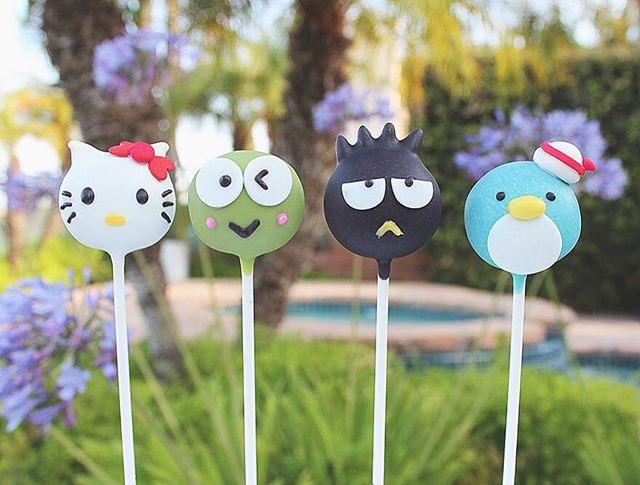 Is it Friday yet?? 😅 #mondayblues . . #cakepops #dessert #sweets #foodie #foodporn #dailyfood #cake #cupcake #cute #kawaii #sprinkles #sanrio #hellokitty #badtzmaru #tuxedosam #keroppi