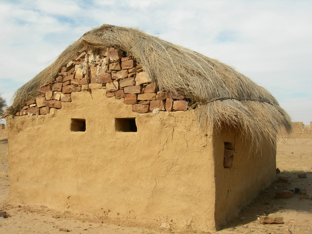 4 Hut 5.JPG
