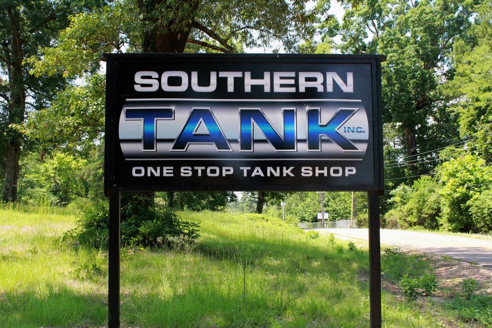 southerntanksign.jpg