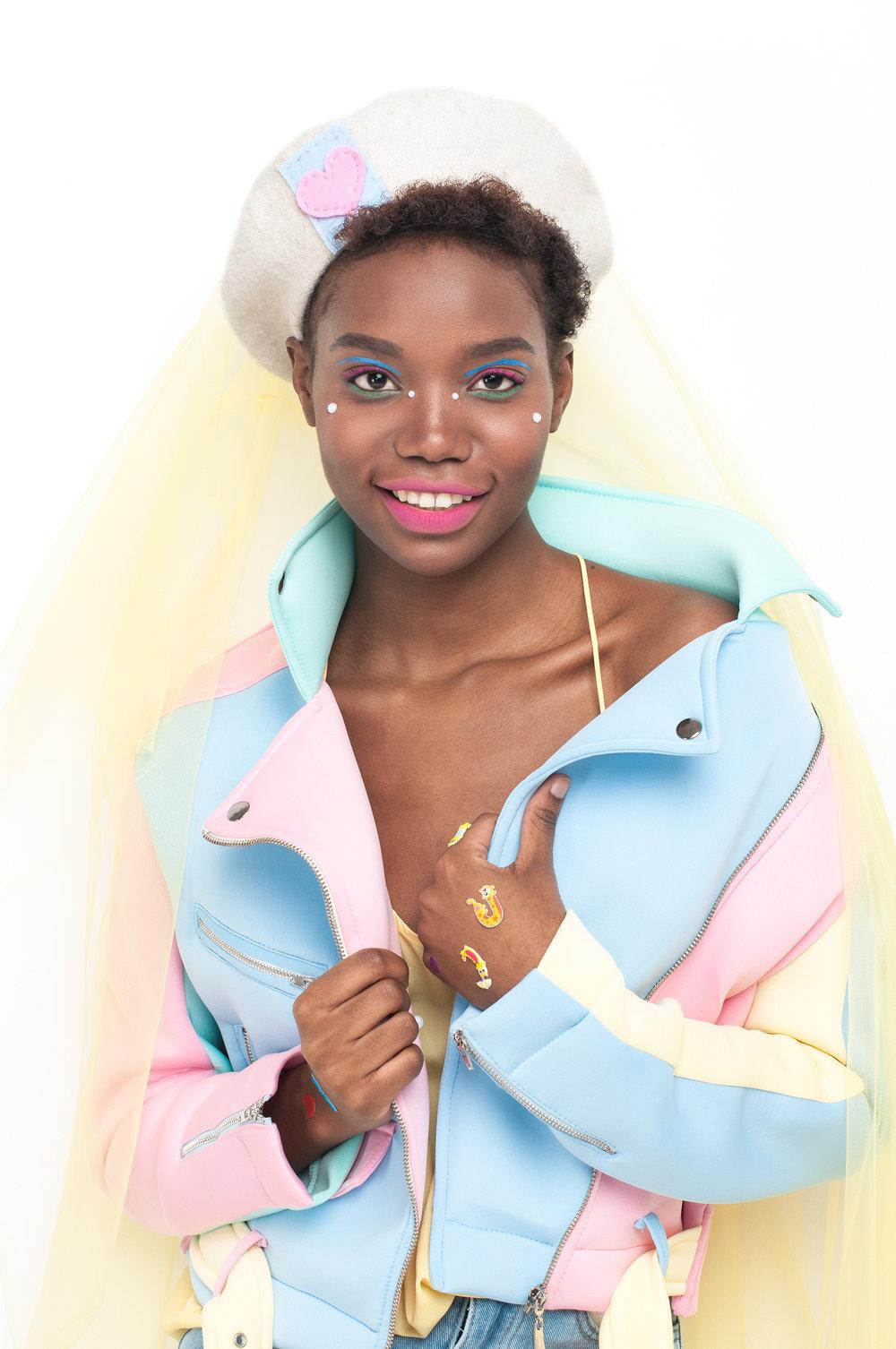 Jacket: #LenaGolova Top: Zara Beret: #LenaGolova Denim shorts: #LenaGolova