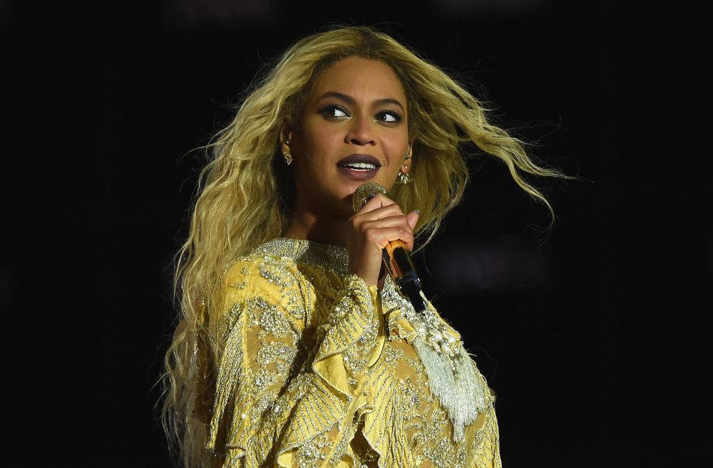673083119GH00021_Beyonce_Th