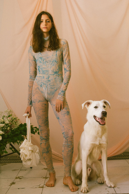 Suit by Maya Hochstadter for Shenkar @ mayahoch  | Bag by Yuval Porat for Shenkar @ yuvpo