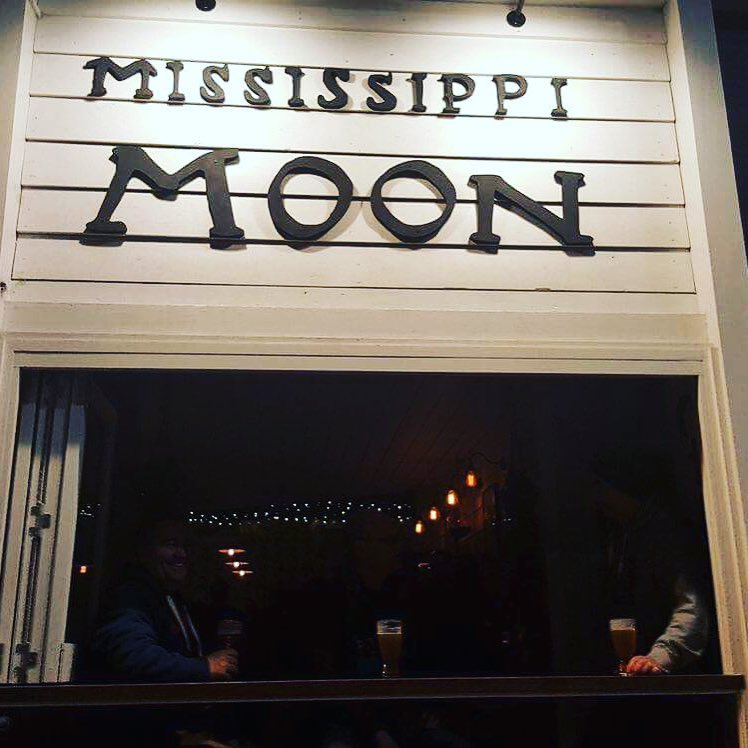 mississippi-moon-bar.jpg