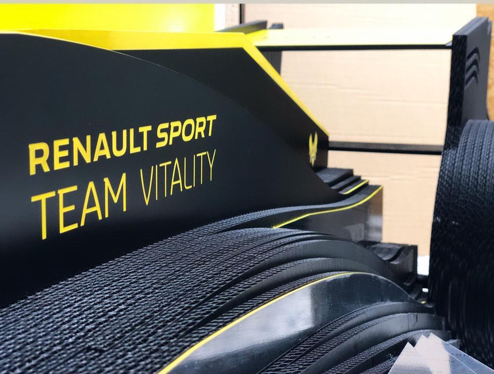 Réalisation d'un cosplay pour la Paris Games Week 2018 pour la team VITALITY de Renault sport - en collaboration avec l'équipe We Are Social