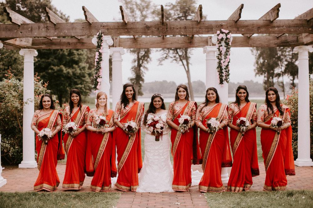 shinu and bridesmaids pic8.jpg