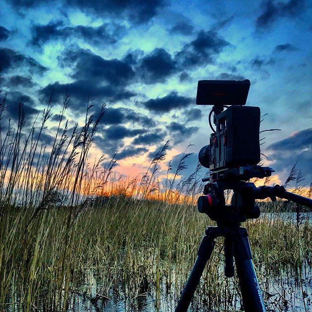 Scenic Setups. ☘️ • • • • • • • • • • • • • • • • • • #sunset #terra6k #kinefinity #cameraman #equipment #landscape #potd #potn #inspireland_ #instalove #productioncompany #travelblogger #adventure #filmphotography #riverlife #ireland #skyporn #cloudporn #psychedelic #travelguide #landscape_lover #instadaily #naturephotography