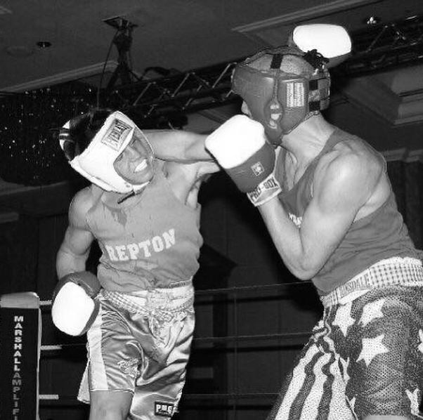 Here's a photo - 2003 my brother fought @JamesDegale1 in the youth London finals. What a fight that was! • • • • #instagood #instadaily #boxing #boxer #boxinglife #lovetobox #gym #inspo #dailyworkouts #mittwork #powerful #family #jamesdegale #IBF #bestrong #padwork #london #positivity #motivation #hustle #boxingtraining #empower #fitness #modelworkout #girlpower #boxingsmyhobby #personaltrainer #lovetobox #love #strongertogether #empowerment