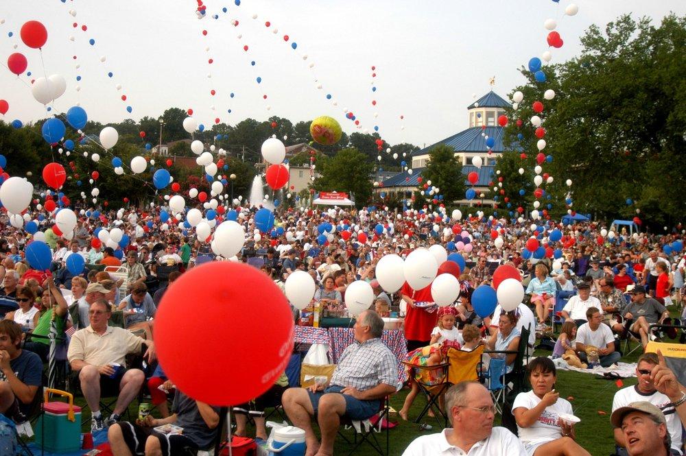 Ballons and Coolidge.jpg