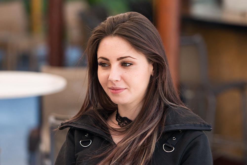 Manuela Macoveanu - Crossover nu este un loc potrivit pentru cei mediocri, conservatori şi incorecţi, dar este perfect pentru ambiţioşi şi intraprenoriali, pentru cei care vor să se autodepăşească.