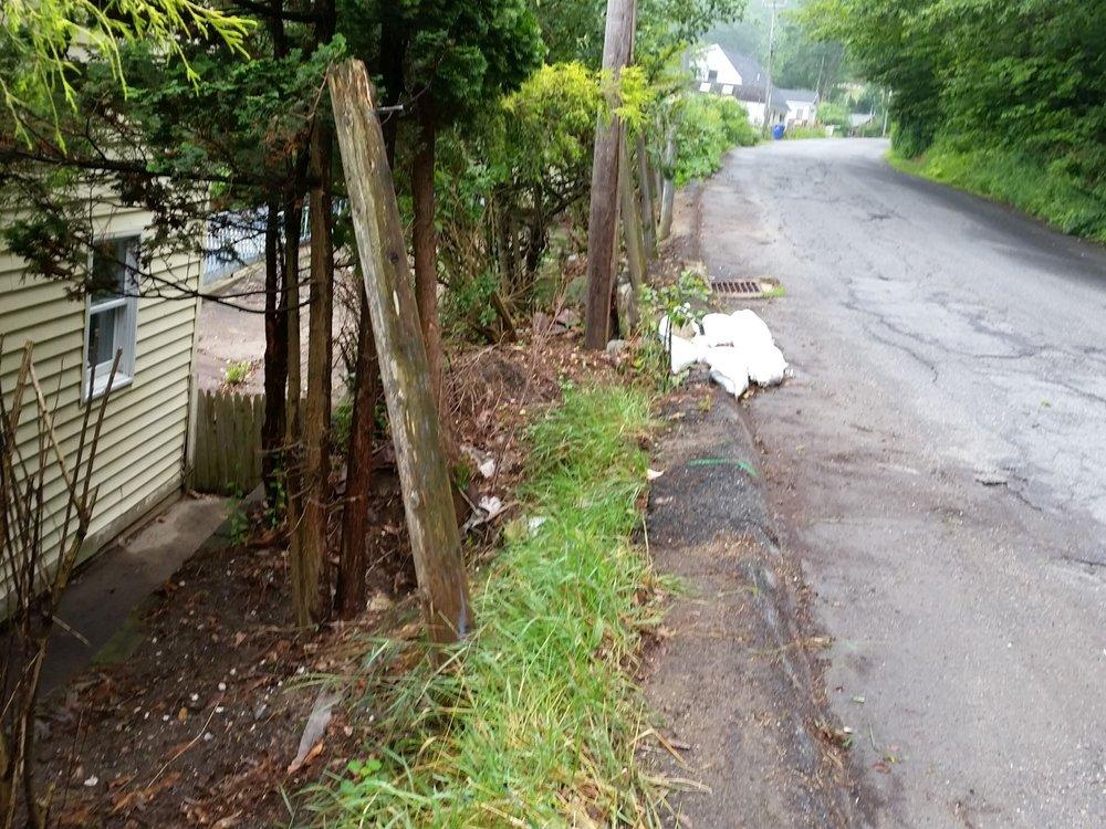 Highland Lake Fence Before (3).jpg