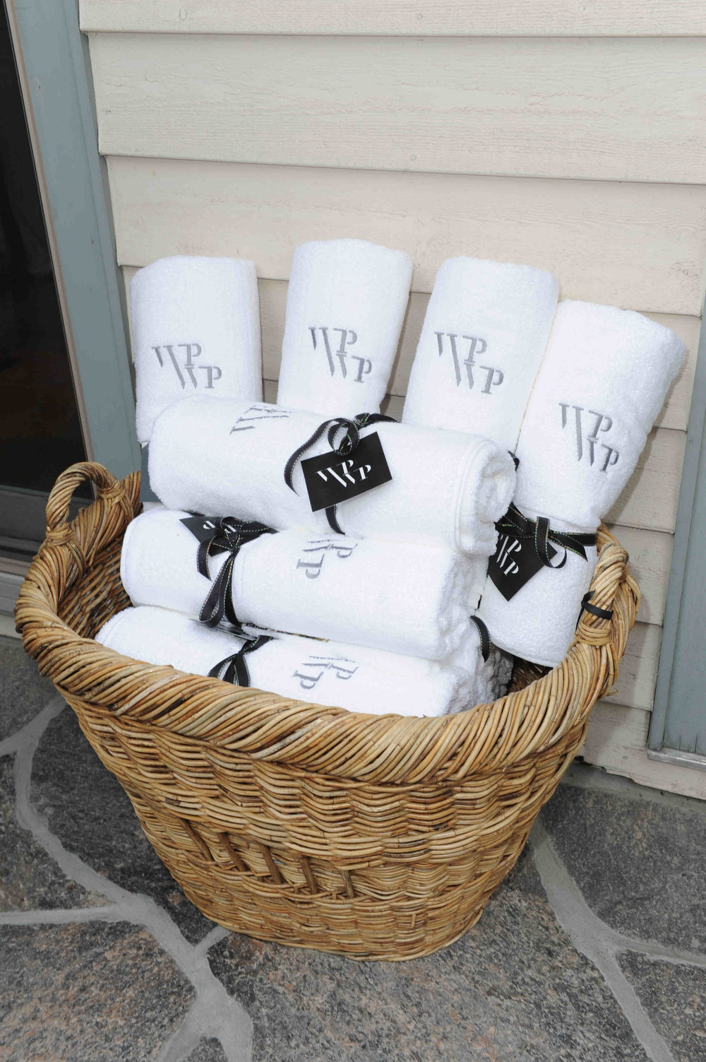 23) White Party, Custom Guest Gift.JPG