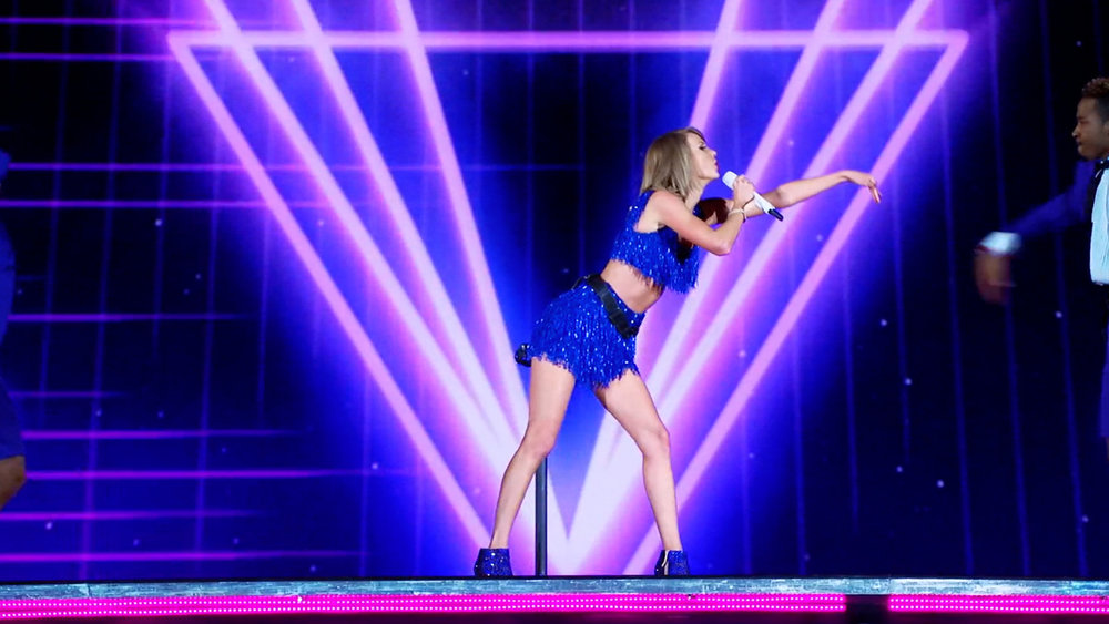 Taylor_show_4.jpg