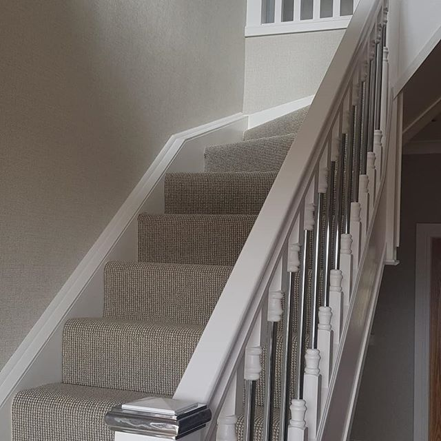 Large hall , staircase and landing just recently complete with a huge transformation.  Balustrade was tradition hardwood changed to white to give a more modern look , all walls fully prepared and wall paper applied to give a beautiful texture finish.  www.precisiondecor.co.uk  #precisiondecorglasgow #decor #hallway #quality #highquality #painting #wallpaper #clarkeandclarke #balustrade  #recentwork #precisiondecor