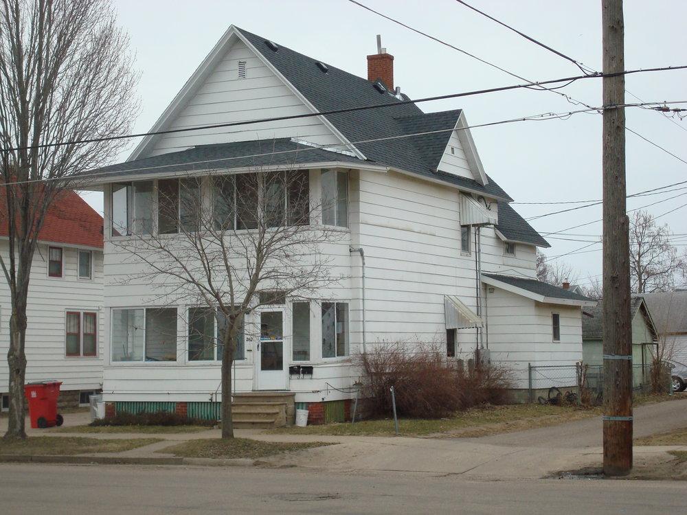 Duplex - 262 Laird St.