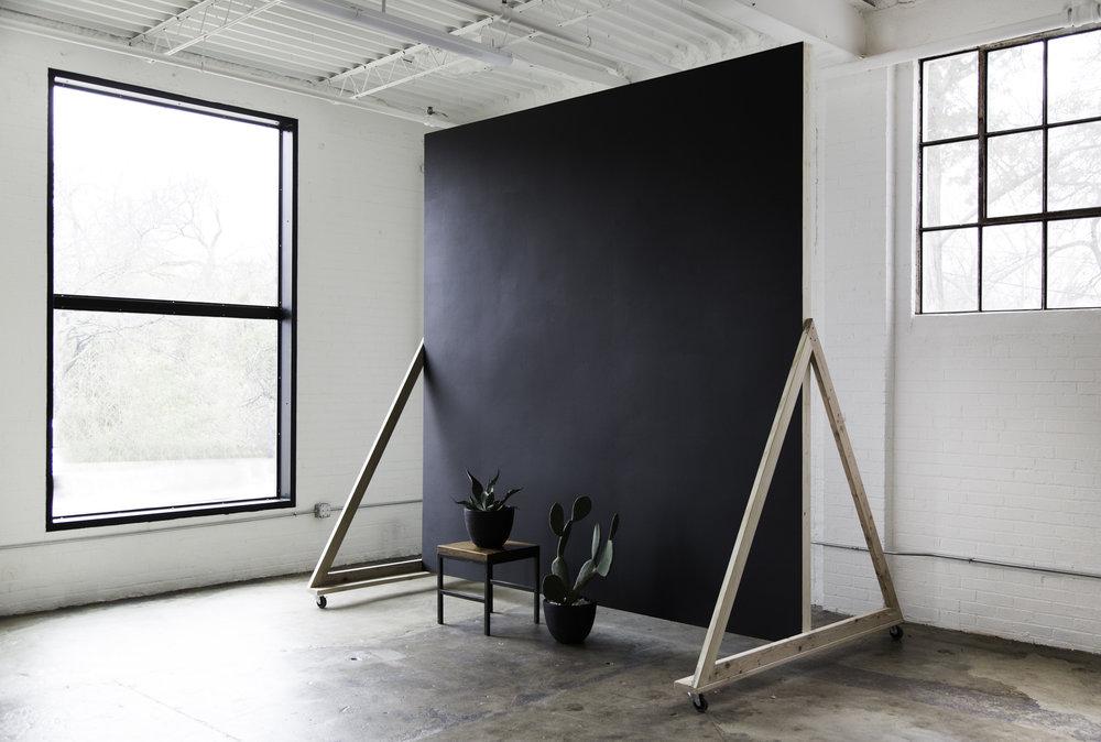 Studio I Black Backrdrop.jpg