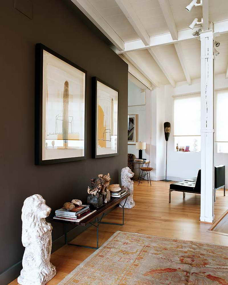 Black Accent Wall - Image via Pinterest