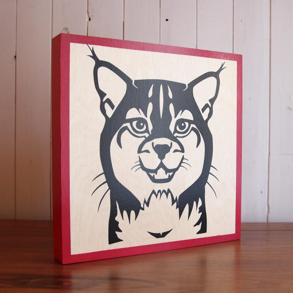 Wildlife_Lynx_red.JPG