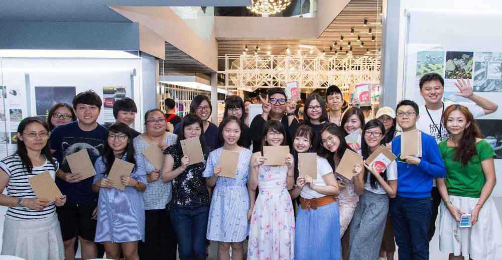Book Binding workshop by   CY Chen, Macau/Malaysia   Using hand stitching methods, participants were introduced to the craft of bookbinding using sustainable materials such as recycled paper. Hand-stitched notebooks were customized and crafted at the end of the session.