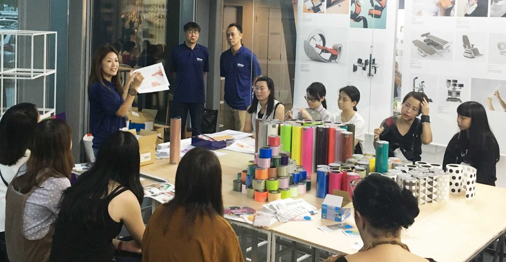 HARU & STALOGY Hands-On workshop by Nitto Denko, Singapore   Participants learnt how to create their very own customised monthly calendar by pasting the Stalogy Masking Tape Patches of their choice along the calendar sketch. They experienced how easy it was to create unique designs and decorate spaces using colourful HARU tapes.