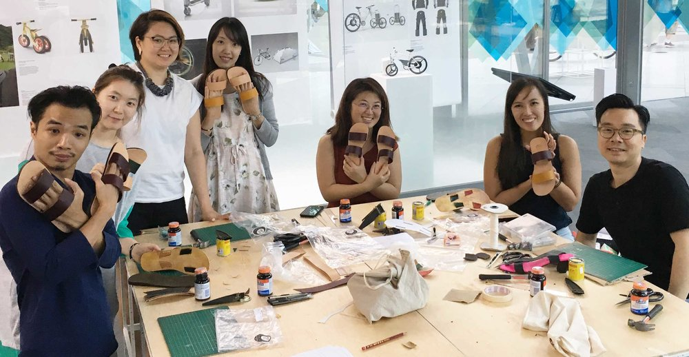 Shoe Making workshop by Shoe Artistry 鞋艺公馆  , Hong Kong   The art of shoe making with Shoe Artistry 鞋艺公馆, this workshop had participants design and make their very own pair of leather sandals.