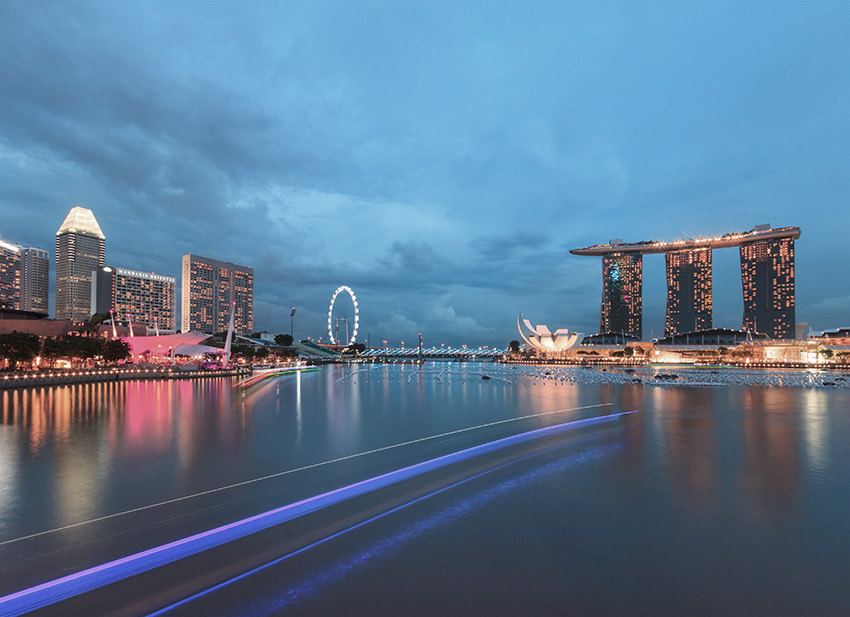 9: The Promontory - Panoramic view of the Marina Bay