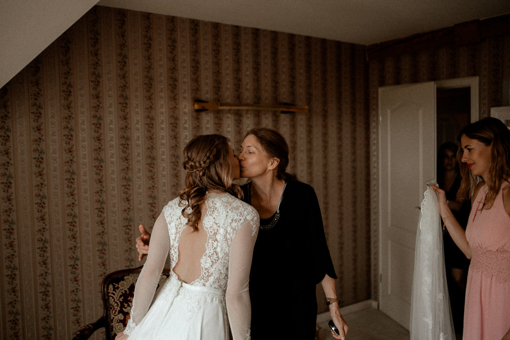 wholeheartedweddings-TimoMatthies-weddingphotography-moody-Melanie-Henrick-Mannheim-020.jpg