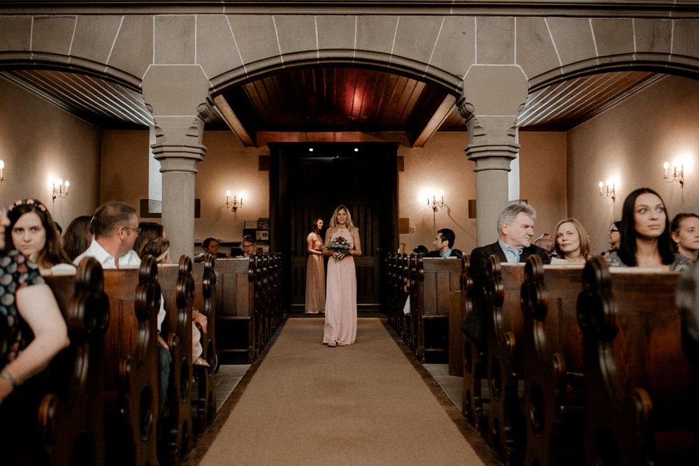 wholeheartedweddings-TimoMatthies-weddingphotography-moody-Melanie-Henrick-Mannheim-038.jpg