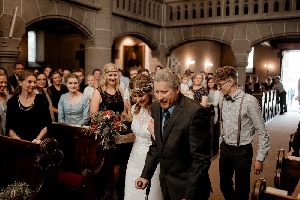 wholeheartedweddings-TimoMatthies-weddingphotography-moody-Melanie-Henrick-Mannheim-045.jpg