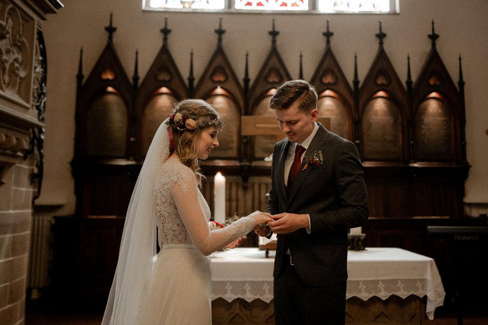 wholeheartedweddings-TimoMatthies-weddingphotography-moody-Melanie-Henrick-Mannheim-059.jpg