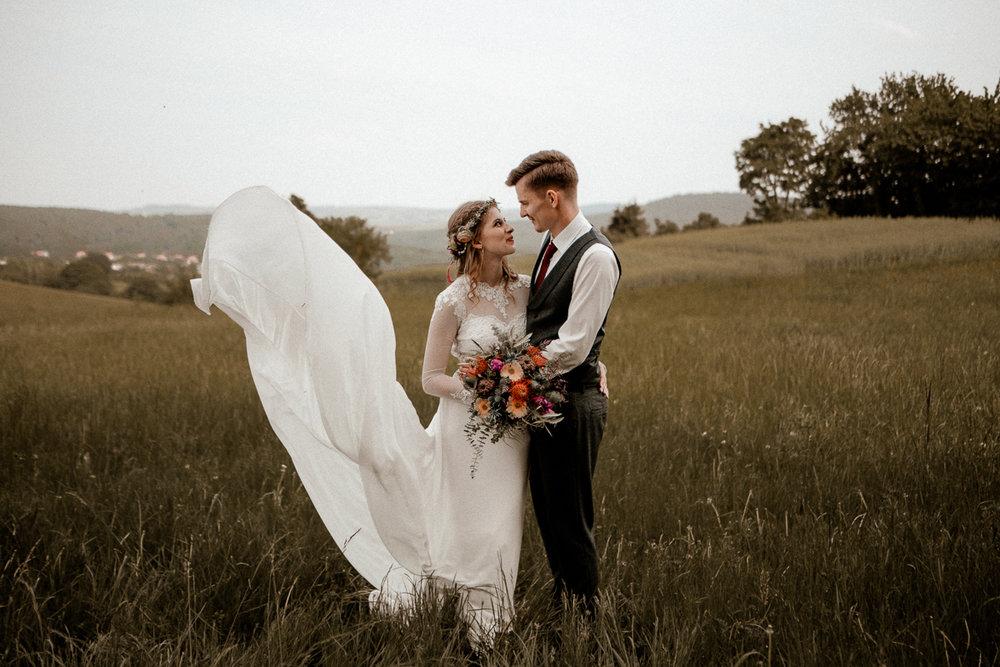 wholeheartedweddings-TimoMatthies-weddingphotography-moody-Melanie-Henrick-Mannheim-074.jpg