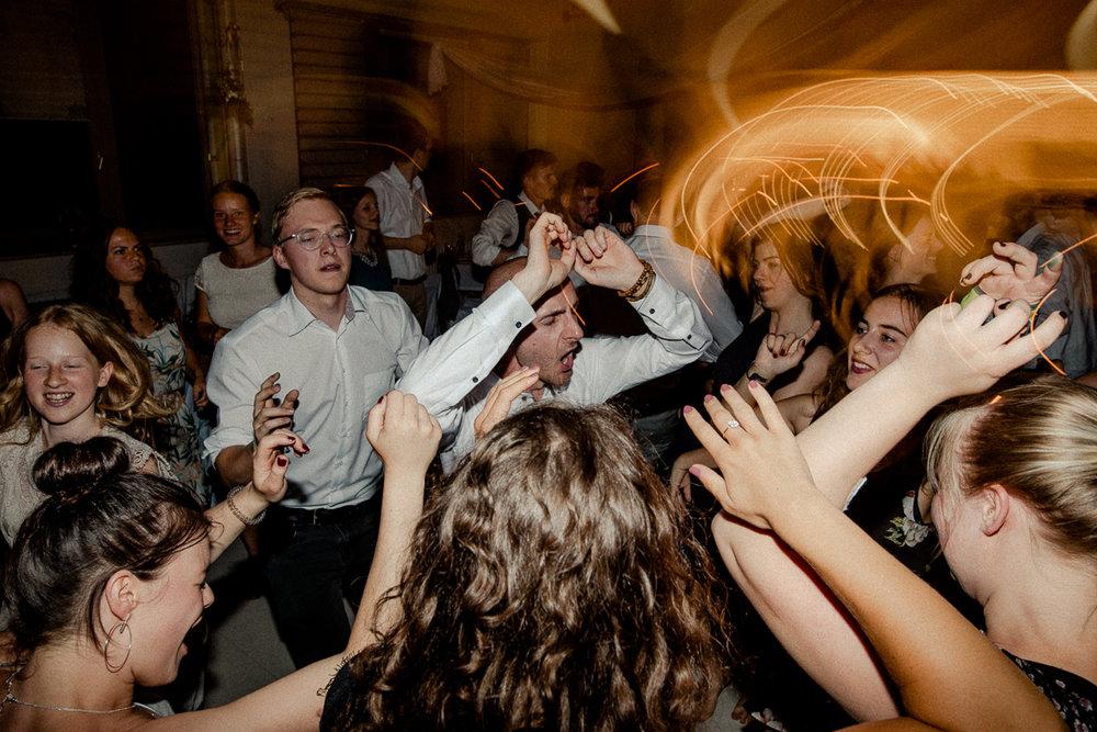 wholeheartedweddings-TimoMatthies-weddingphotography-moody-Melanie-Henrick-Mannheim-099.jpg