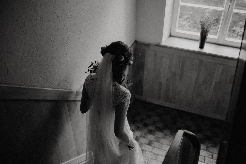 wholeheartedweddings-TimoMatthies-weddingphotography-moody-Melanie-Henrick-Mannheim-102.jpg