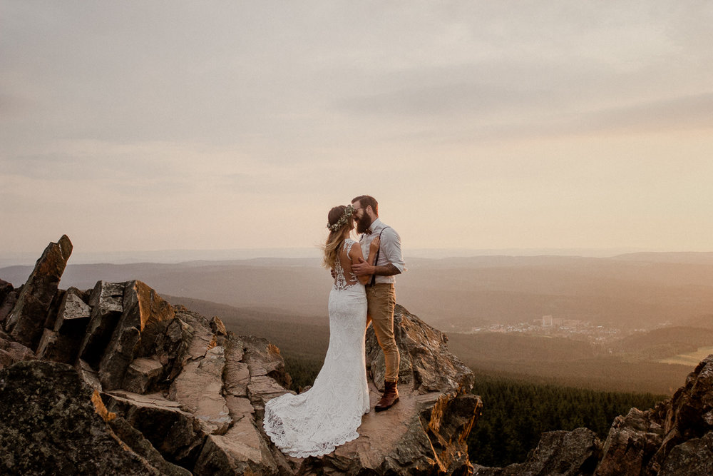 wholeheartedweddings-TimoMatthies-weddingphotography-afterwedding-Leonie-Leonard-harz-boho015.jpg