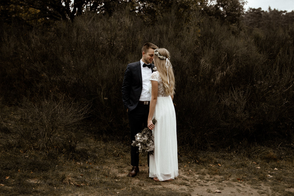 wholeheartedweddings-Timo-Matthies-Cathrin&Lukas-moddy-afterwedding-wahner-Heide-Cologne-006.jpg