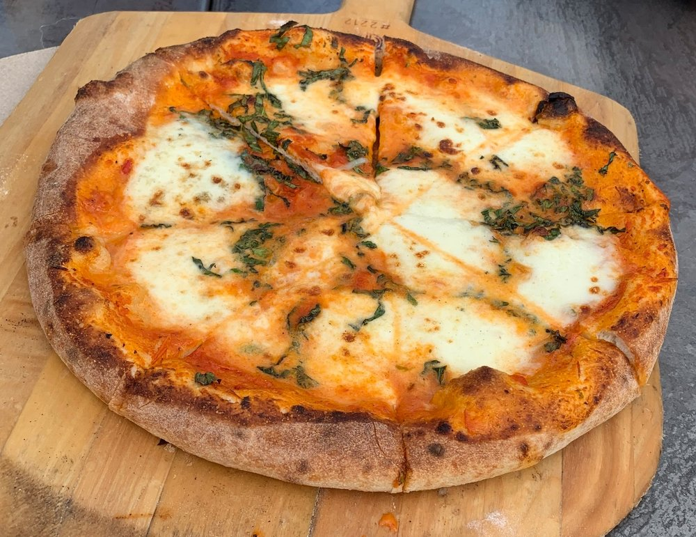 Margharita Pizza VJB Cellars.JPG